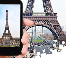 EiffelPicturePhoneView